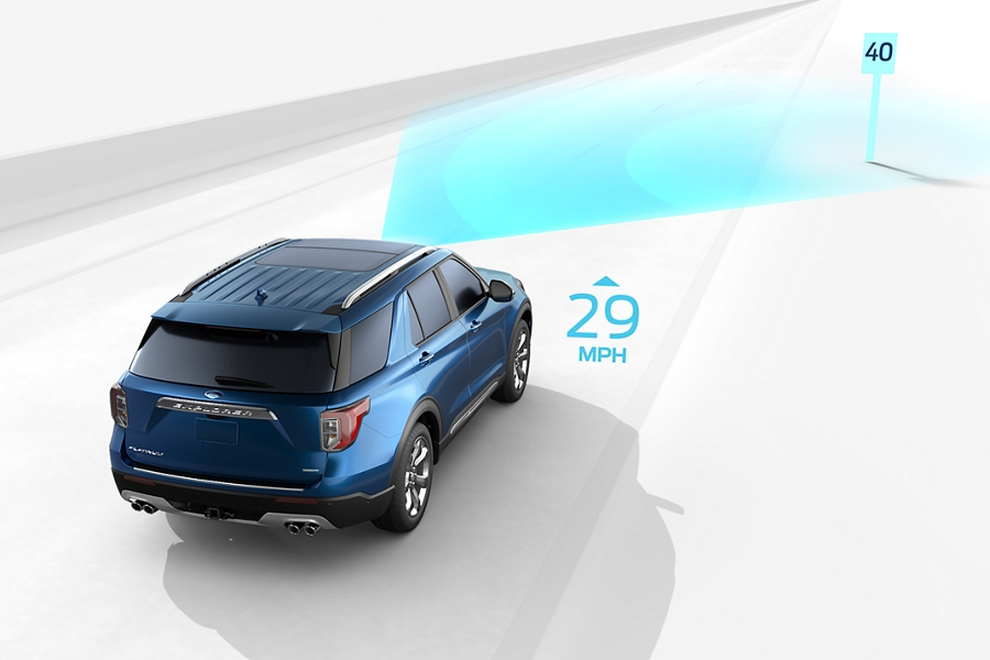 Illustration showing Intelligent Adaptive Cruise Control with speed sign recognition