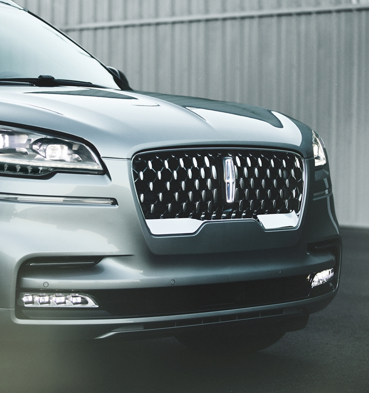 Lincoln Aviator grille shown here
