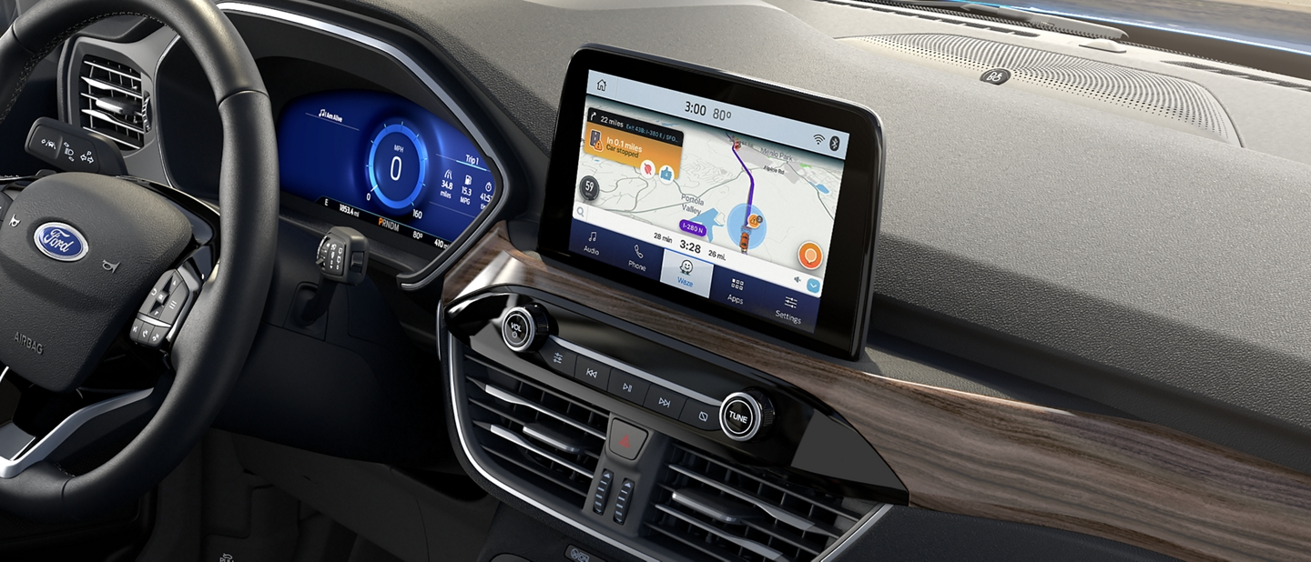 Available applink with waze technology can help avoid traffic jam
