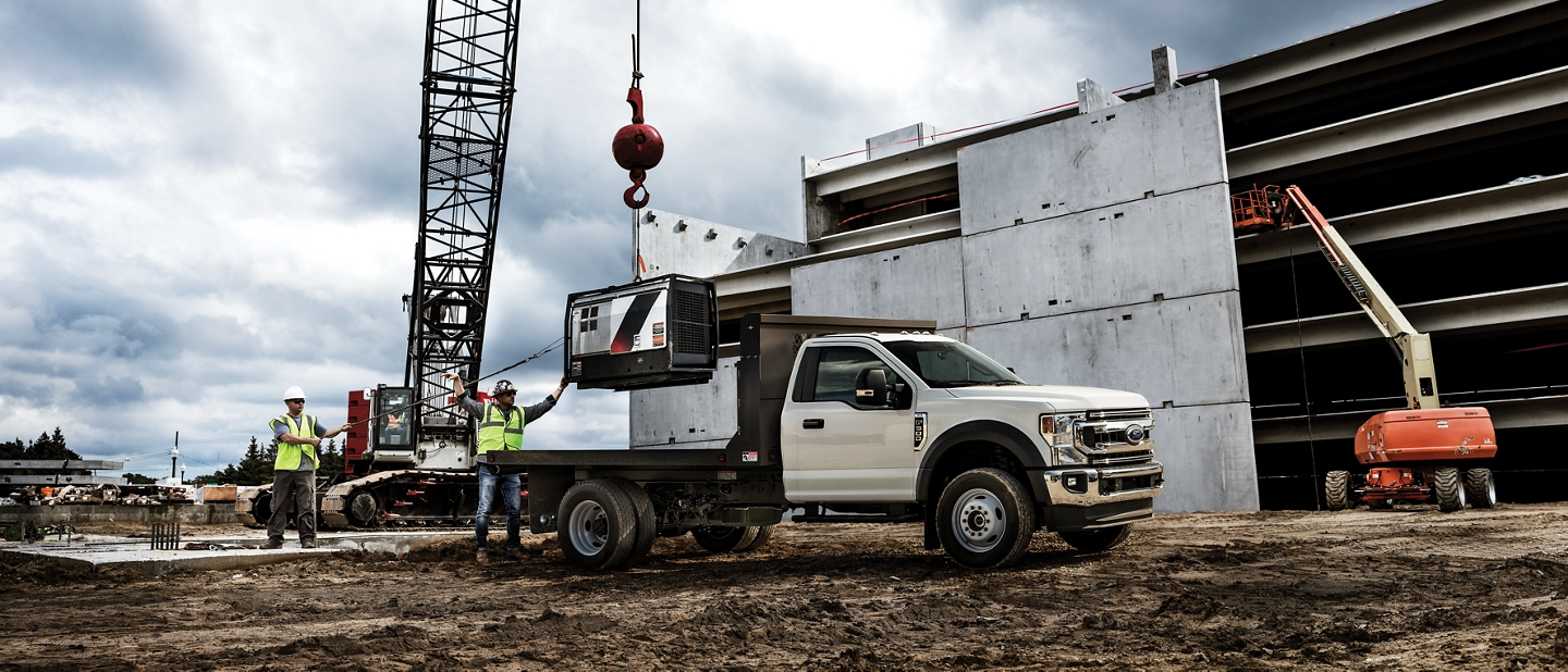 2020 Ford Super Duty Chassis Cab with dump body