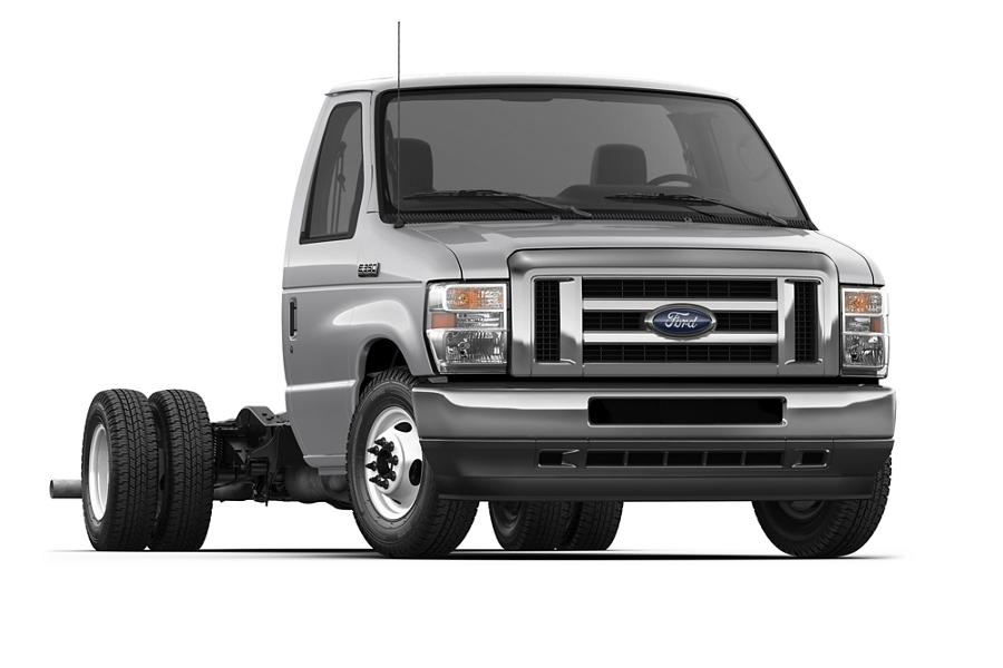 2021 Ford E Series Dual Rear Wheel Cutaway