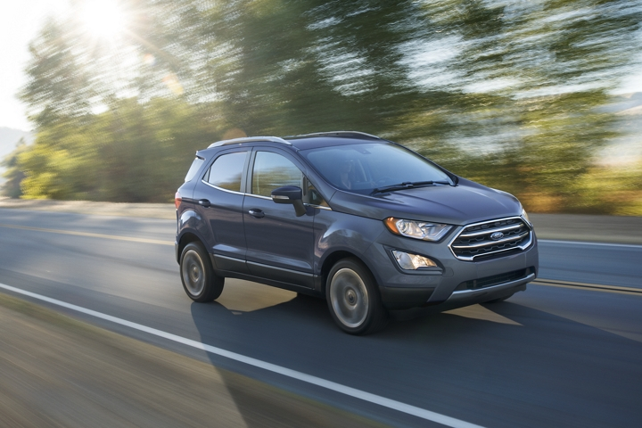 2020 Ford EcoSport Titanium in Smoke on a scenic road