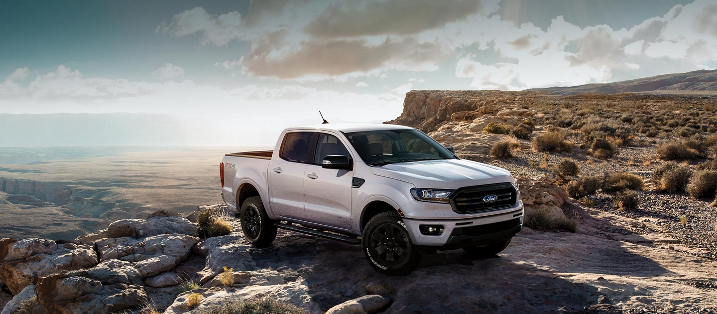 A 2020 Ford Ranger parked at the edge of a canyon