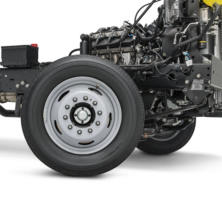 Close up of the 2021 Ford E Series Stripped Chassis wheel