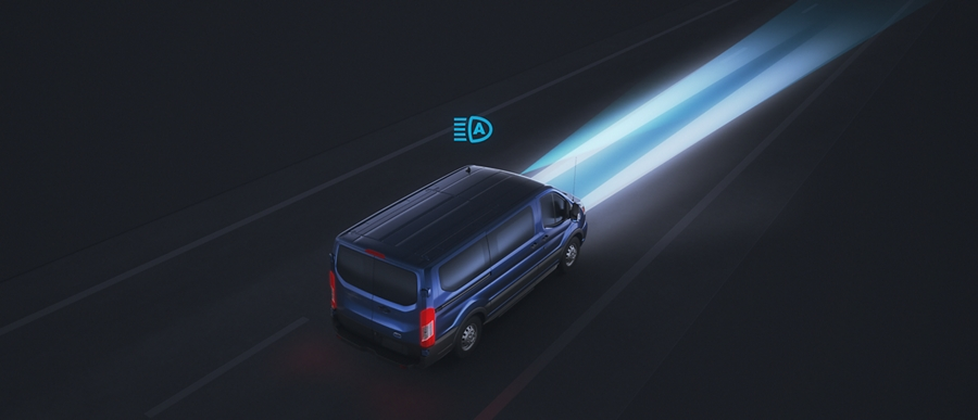 Illustration of Auto High Beam feature in use