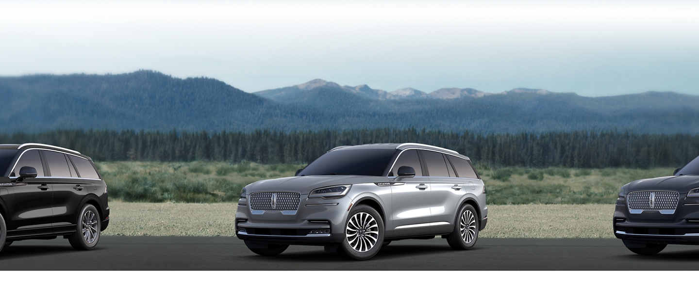 2020 Lincoln Aviator Reserve Shown here in Silver Radiance