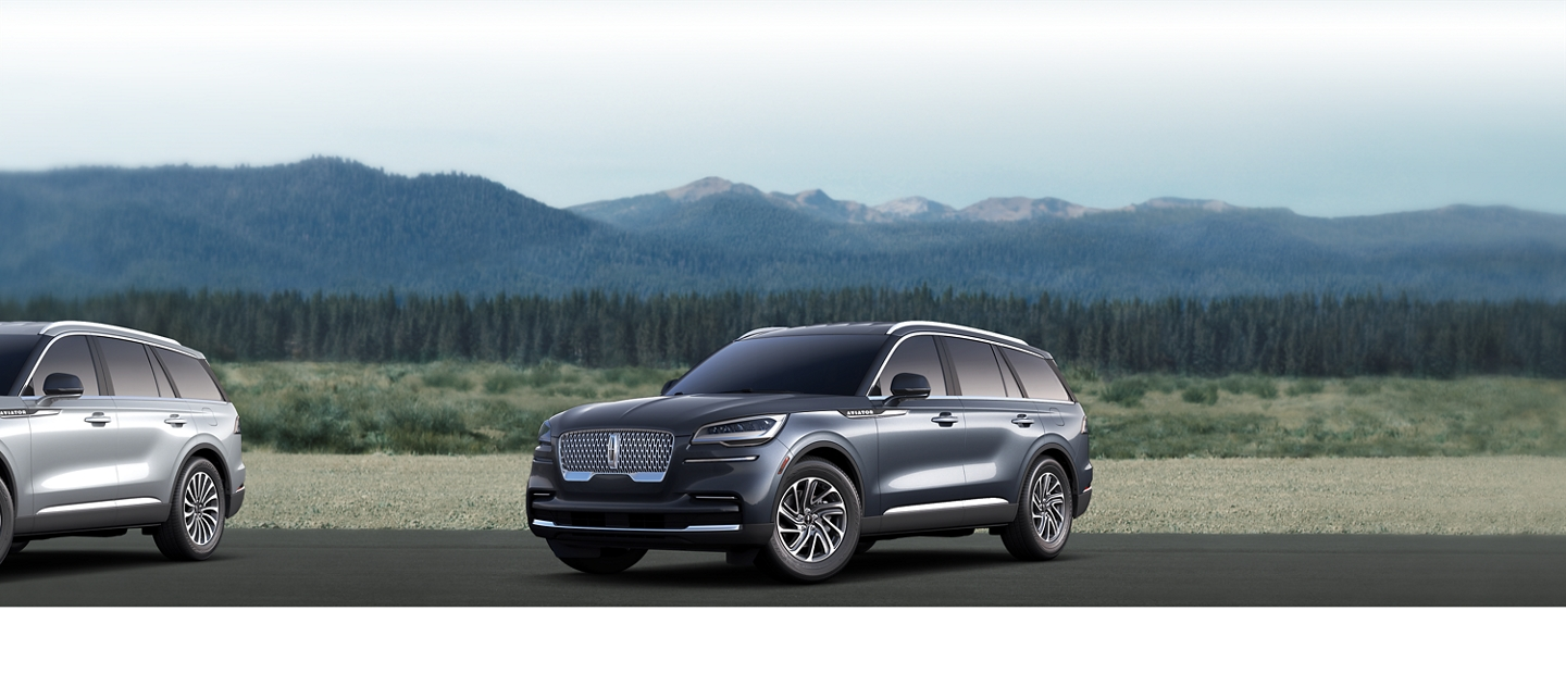 2020 Lincoln Aviator Standard Shown here in Blue Diamond