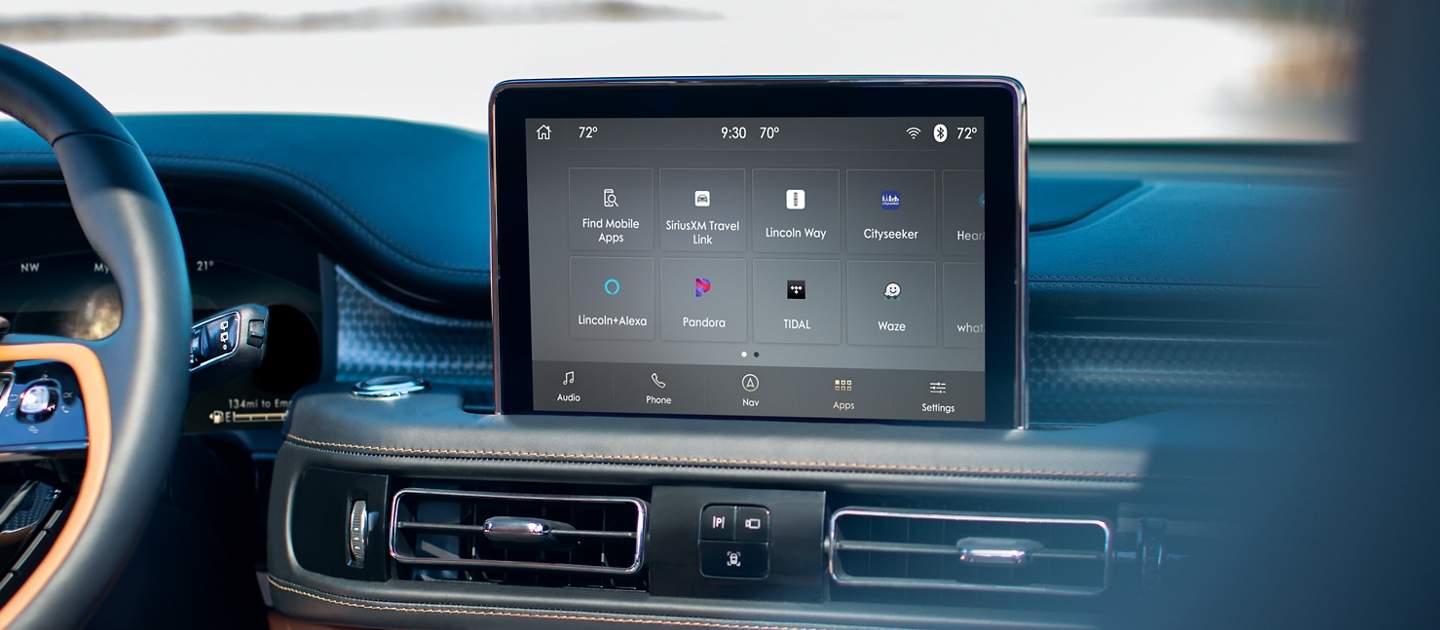 The center screen inside a 2021 Lincoln Aviator displays the sink three interface