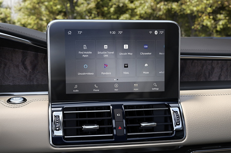 2020 Black Label Lincoln Navigator comes with many tech innovations