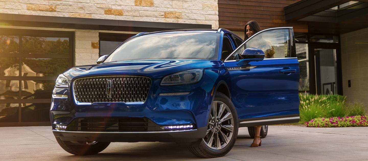 2020 Lincoln Corsair Shown here