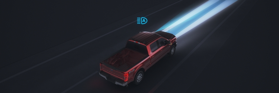 Animation image of Auto High Beam Headlamps on the 2020 Ford Super Duty Chassis Cab