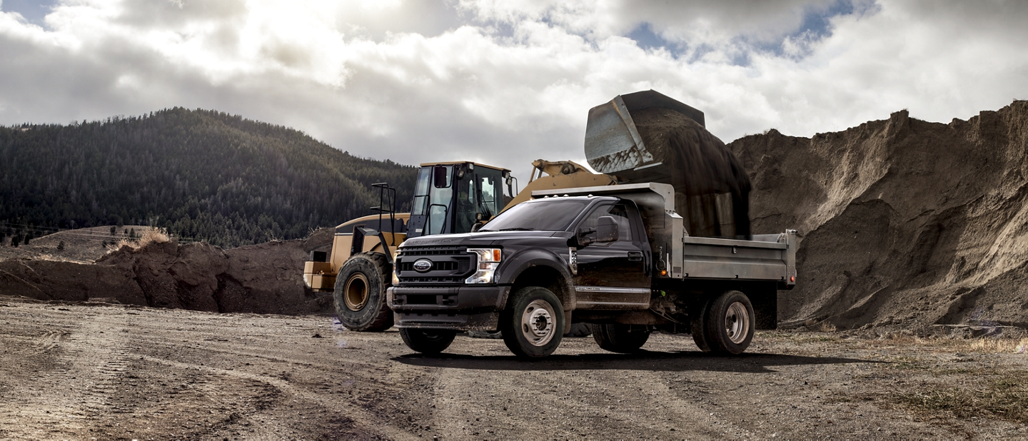 2020 Ford Super Duty Chassis Cab with aerial lift upfit