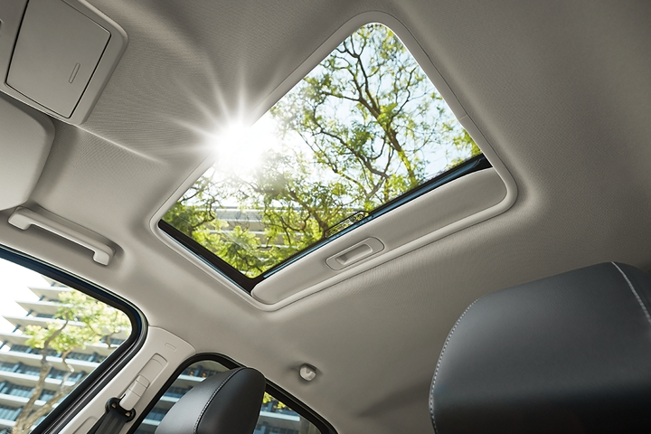 2019 EcoSport Titanium with power moonroof
