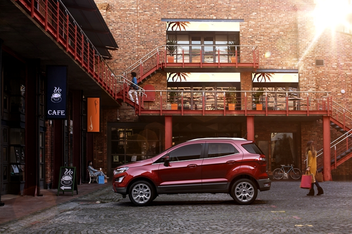 2019 Ford EcoSport Titanium in Ruby Red