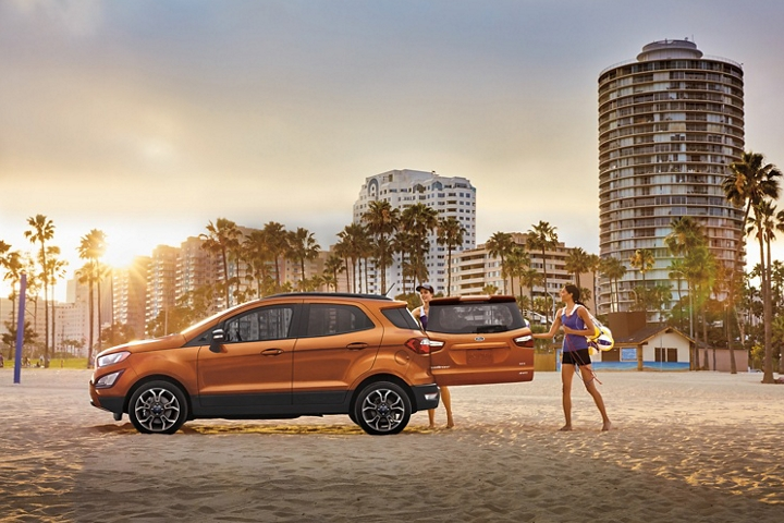 2020 Ford EcoSport S E S in Canyon Ridge with rear swing gate