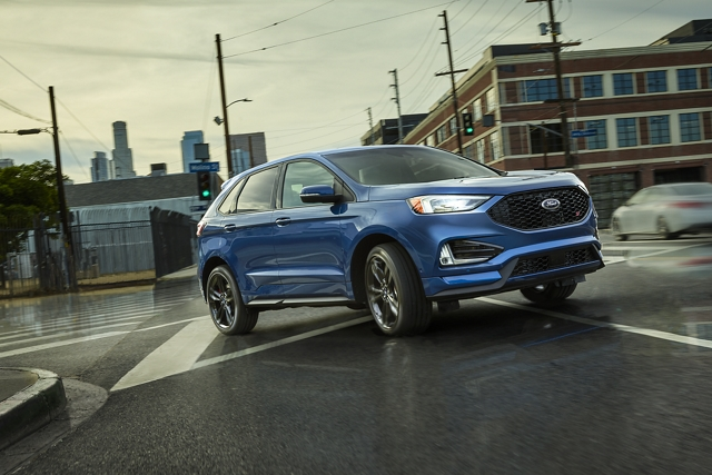 2020 Ford Edge S T taking a corner