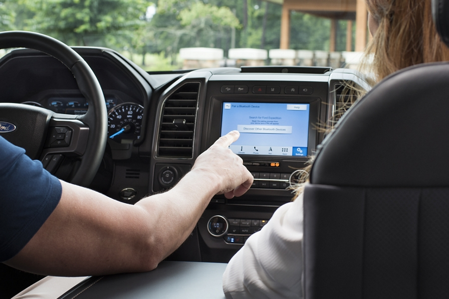 2019 Ford Expedition with sync 3 displayed on screen