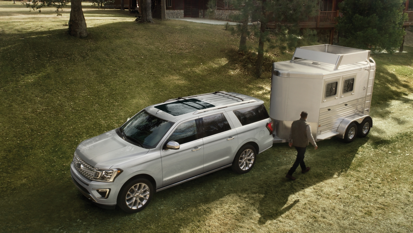 2019 Ford Expedition towing a trailer