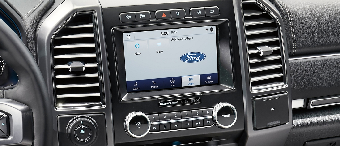 2020 Ford Expedition with Waze