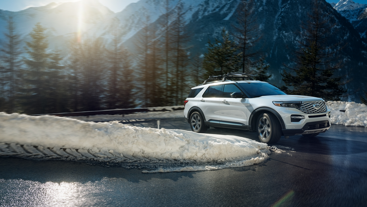 Ford Explorer 2020 maintenant offert avec la traction intégrale intelligente.