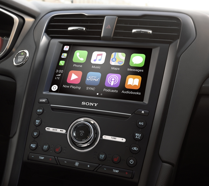 Sync 3 voice activated technology featuring apple carplay