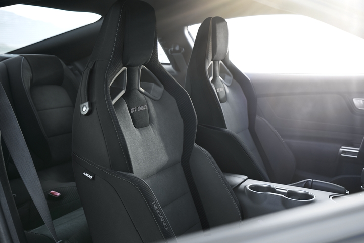 A close shot of the 2020 Ford Mustang G T 3 50 interior with RECARO seats in Dark Slate