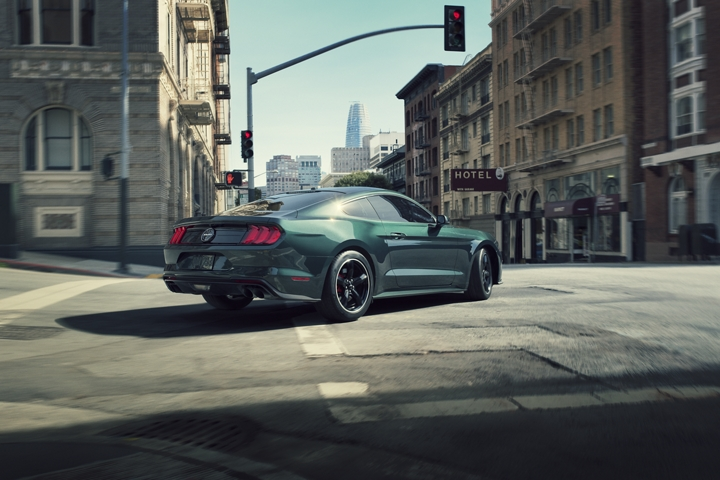 2020 Ford Mustang BULLITT turning left at an intersection