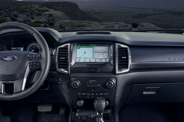 2020 Ranger LARIAT instrument panel with dual zone electronic climate control and 8 inch centre stack touchscreen