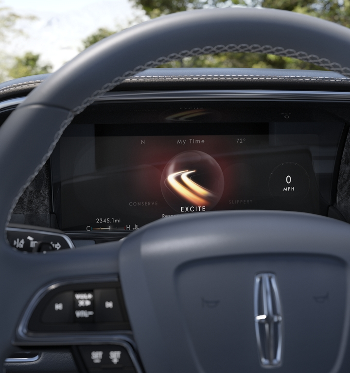 One of the 6 selectable modes that come with available Lincoln Drive Control is shown in the dashboard