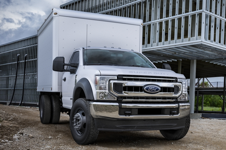 2020 Ford Super Duty X L T Chassis Cab shown in Oxford White with Box Truck upfit at worksite