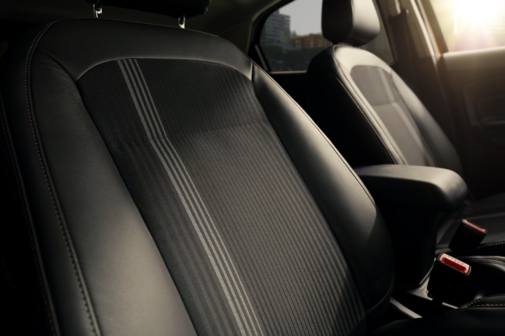 The 2019 EcoSport S E S interior looks good with Active X trimmed seating material and unique metal gray fabric inserts