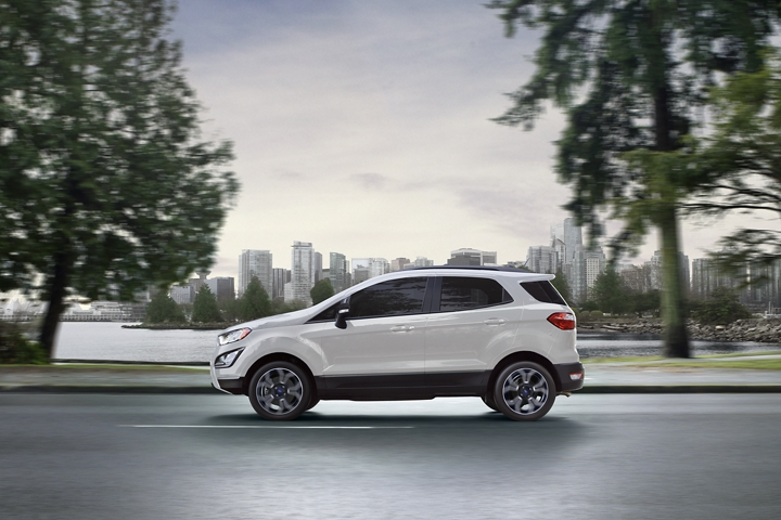 2019 EcoSport S E S in Diamond White Metallic Tri Coat