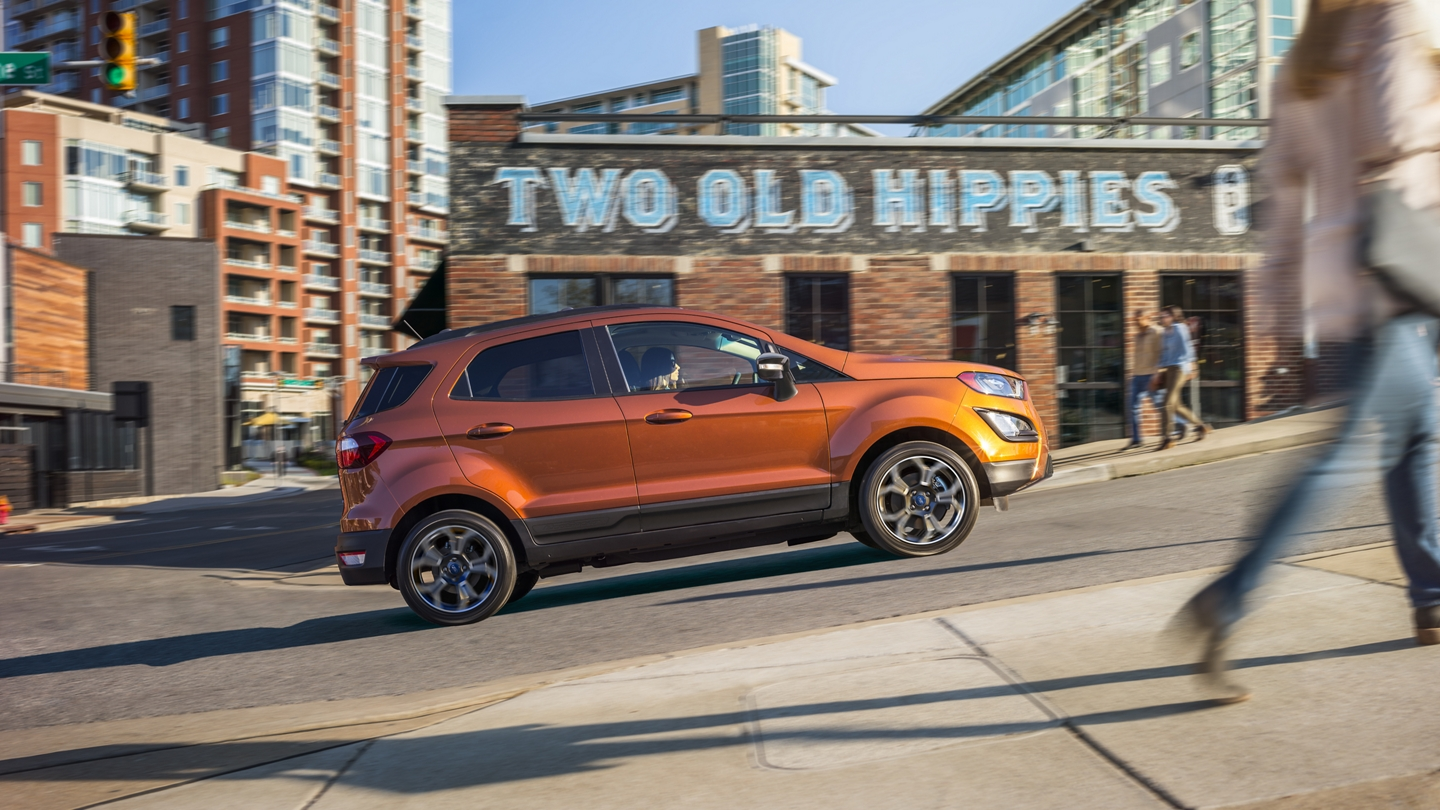 2020 Ford EcoSport S E S in Canyon Ridge stopped on a hill