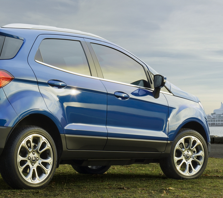 2020 Ford EcoSport shown in Lightning Blue