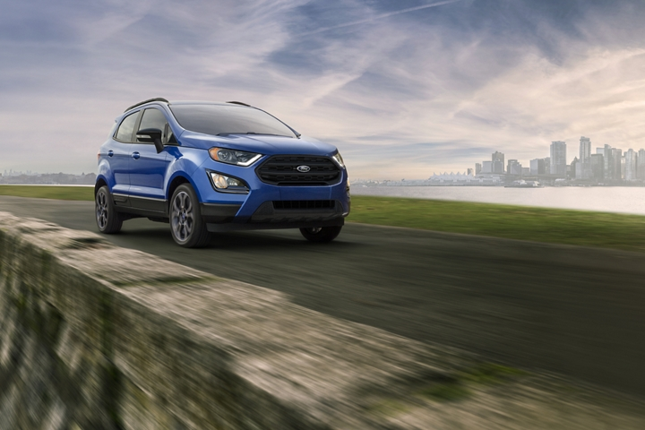 2020 Ford EcoSport S E S in Lightning Blue on mountain road
