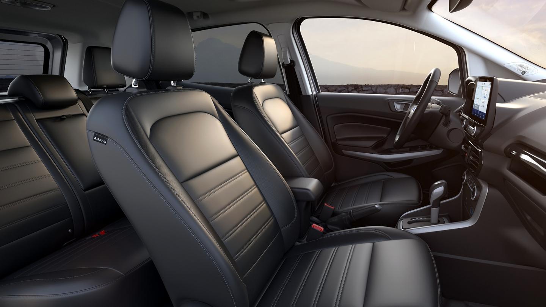 Interior de la Ford EcoSport 2020 con asientosactive x