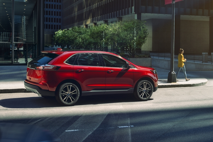 2020 Ford Edge in the city
