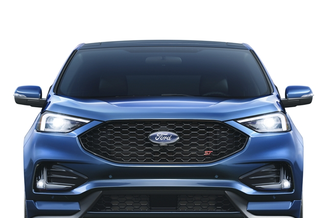 2020 Ford Edge S T