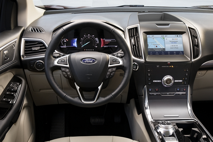 2020 Ford Edge interior design