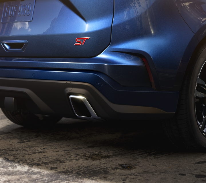 2020 Ford Edge S T dual exhaust