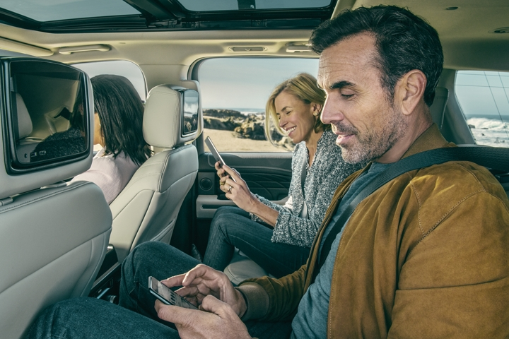 2020 Ford Expedition features an available dual headrest rear seat entertainment system