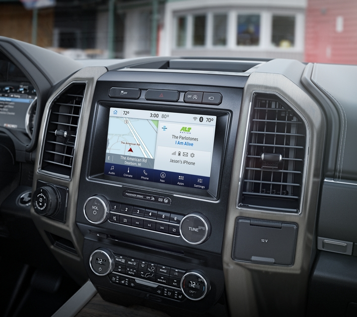 La Ford Expedition 2020 con pantalla táctil activada por voz disponible