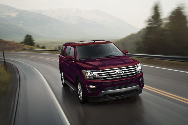 2020 Ford Expedition with 10 speed Select Shift automatic transmission on a mountain road
