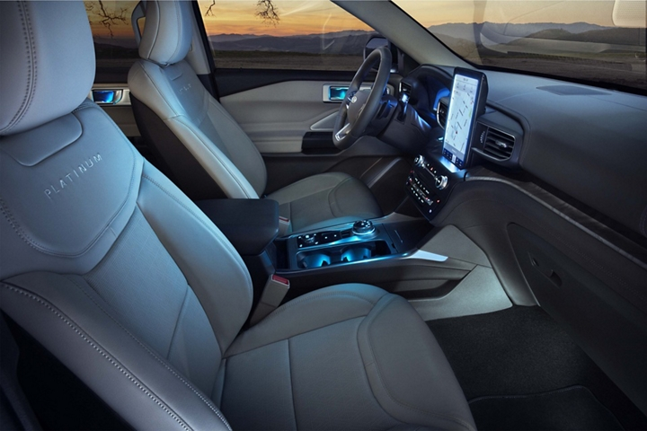2020 Explorer Platinum interior with blue ambient lighting