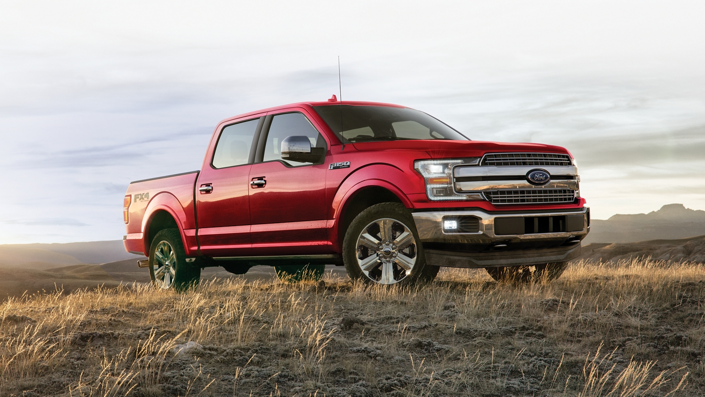 Vista del perfil de la Ford F 1 50 SuperCrew 2020