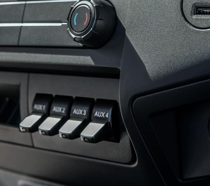 2021 Ford F 7 50 Climate Controls and Center Console