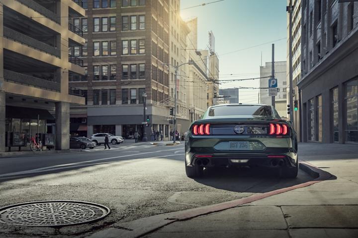 Vista trasera del Ford Mustang BULLIT 2020