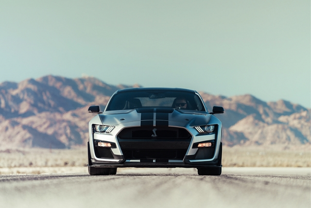 Front view of a 2020 Ford Mustang Shelby G T 500 with a mountain in the background