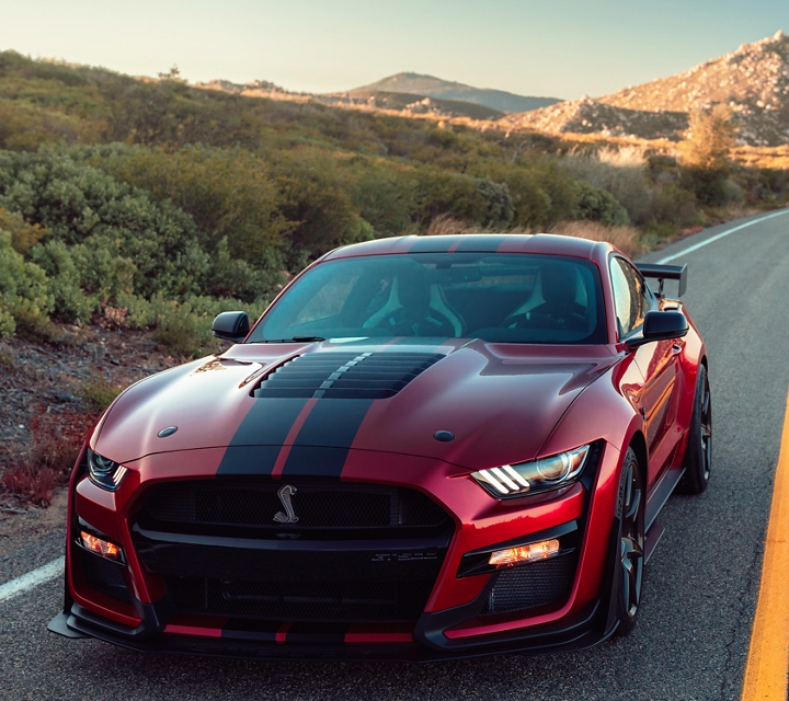 2020 Ford Mustang Shelby G T 500 in the desert