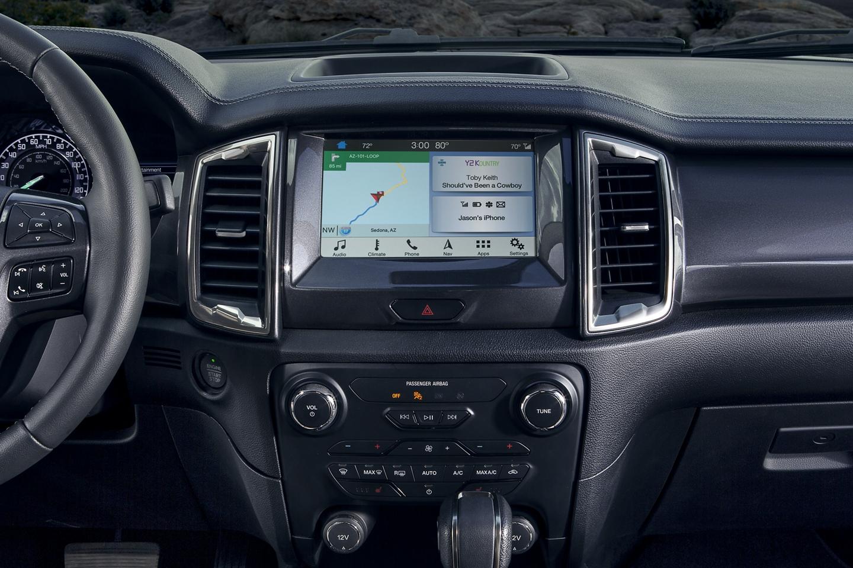 2020 Jeep Gladiator Vs 2019 Ford Ranger Comparison Review